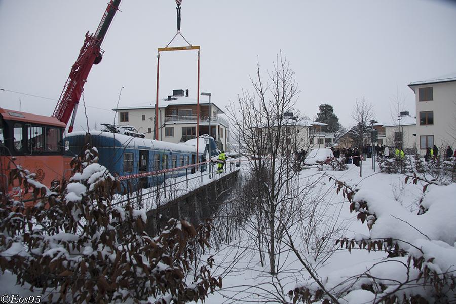 IMAGE: http://fordon.eos95.se/train/olycka/saltsj%C3%B6baden/IMG_7085phtaggad.jpg